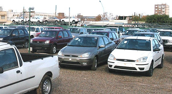¿Cómo encontrar coches usados baratos? - Ahorrar dinero